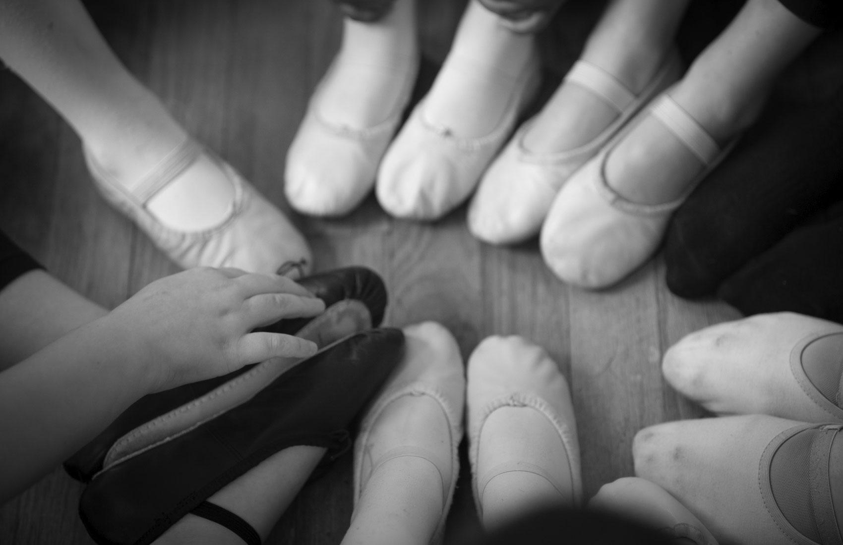Dancers' feet in a circle