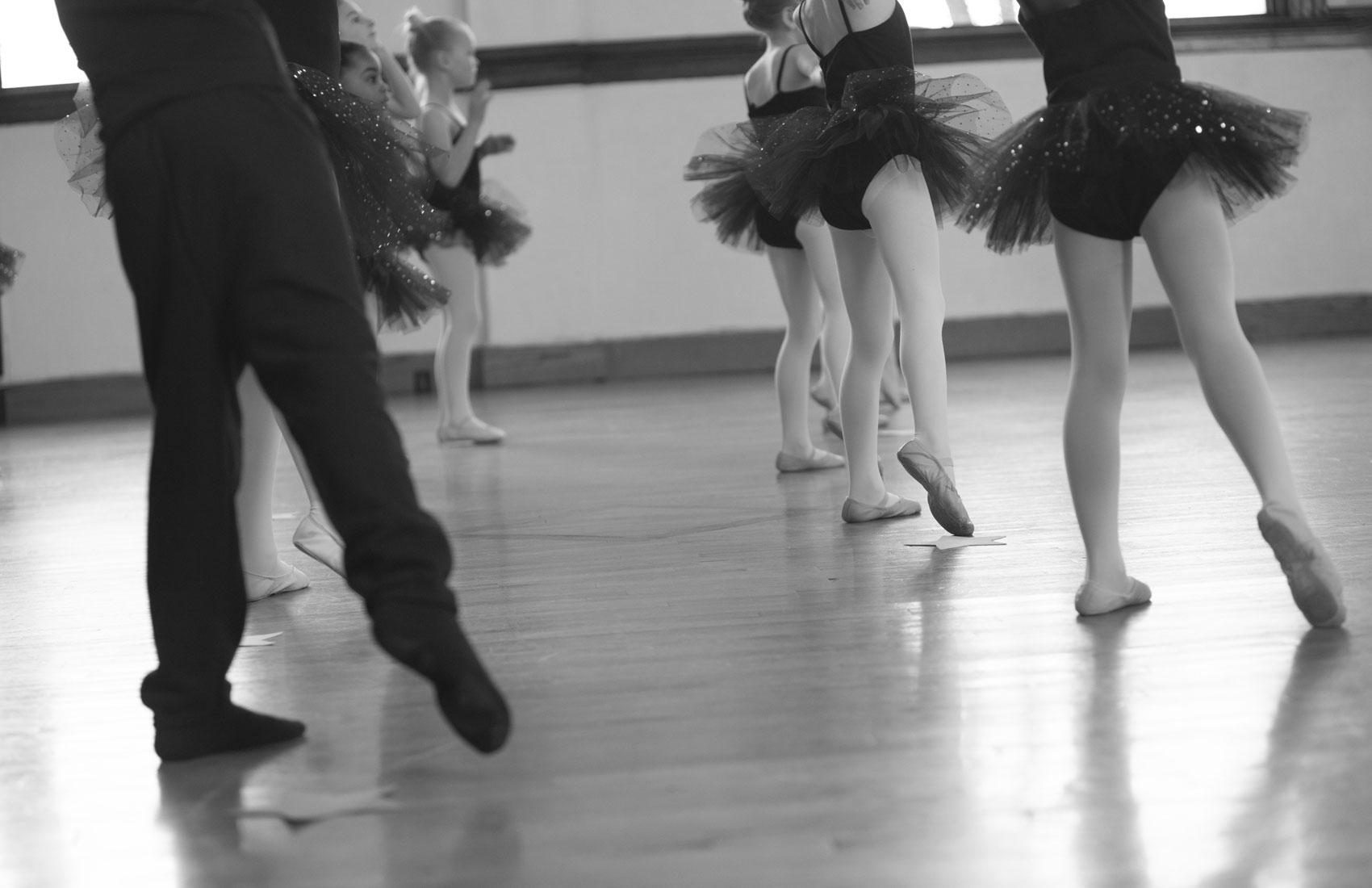 Dancing feet in action